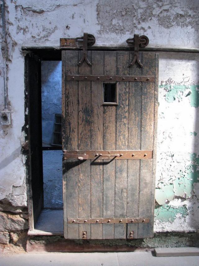 Door of Cell 27