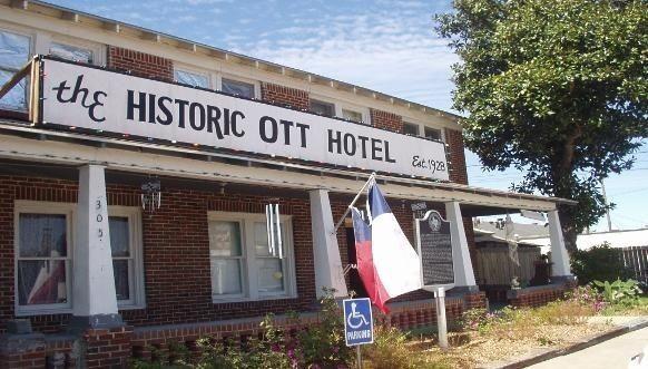OTT Hotel, Liberty, Texas